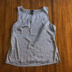 ANN TAYLOR graphic tank - great for layers